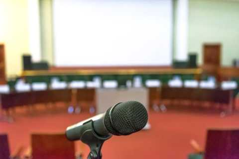 Microphone in an auditorium